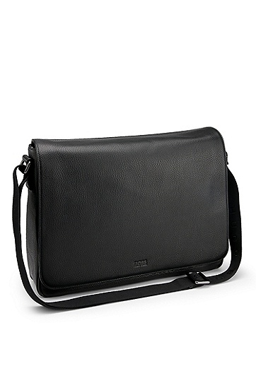 'Buffalo' | Pebbled Leather Messenger Bag, Black