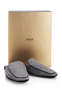 'Homser' | Leather Slipper Gift Set