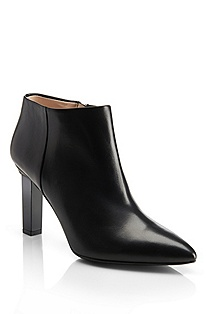 'Lyris' | Leather Ankle Bootie