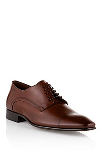 Lace-up shoe with fine perforations 'Carmenot'