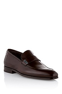 Low shoe in fine calfskin leather 'Cefior'