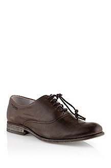 Lace-up shoe in washed calf leather 'Orastio'