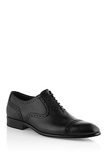 Calfskin leather lace-up shoe 'Rombio'