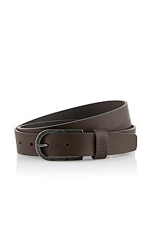 Belt with a rounded metal buckle 'Cornello'