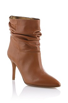 Ankle boot in soft calfskin leather 'Flambe'