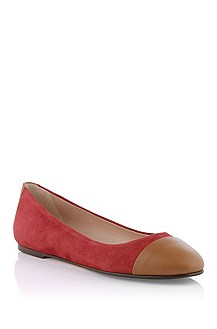 Calfskin leather ballerina 'Thaide-B'