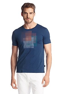 T-shirt with a print on the chest 'Lecco 81'