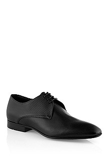 Lace-up made of embossed calfskin 'Topik'