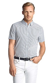Shaped Fit casual shirt with a Kent collar
