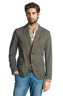 Casual, tailored jacket with a notch lapel