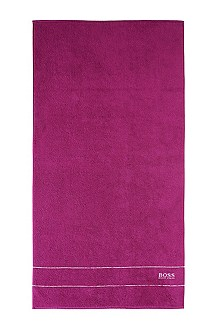 Towel with woven edging 'PLAIN'